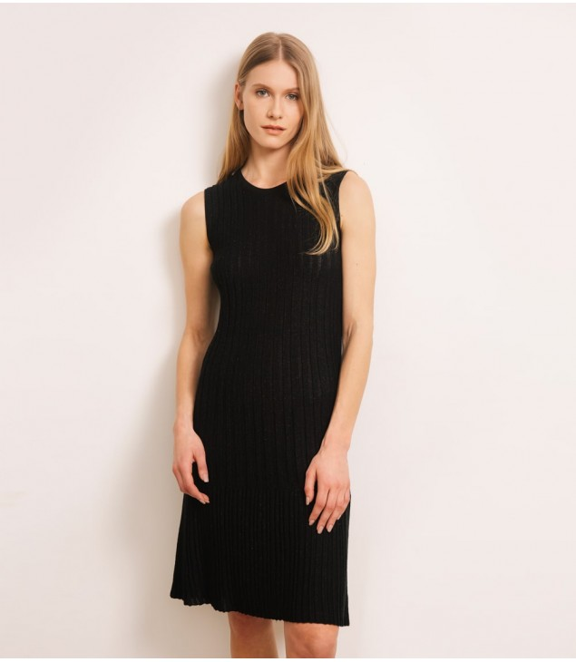 Платье люрекс с баской; черный