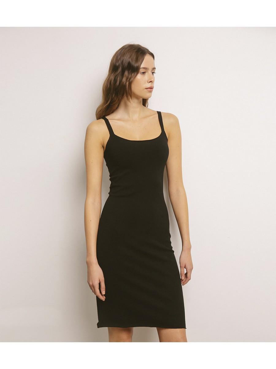 Платье-чехол; черный
