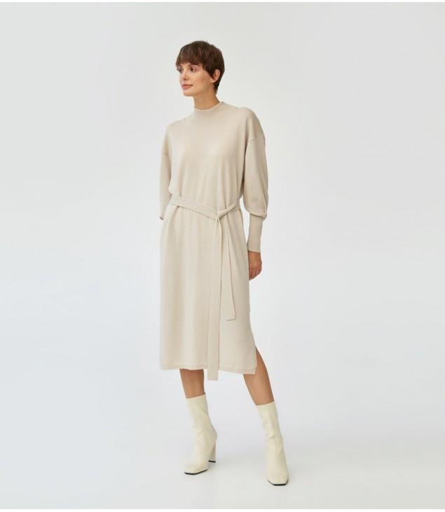 Платье мериносовое под пояс; бежевый