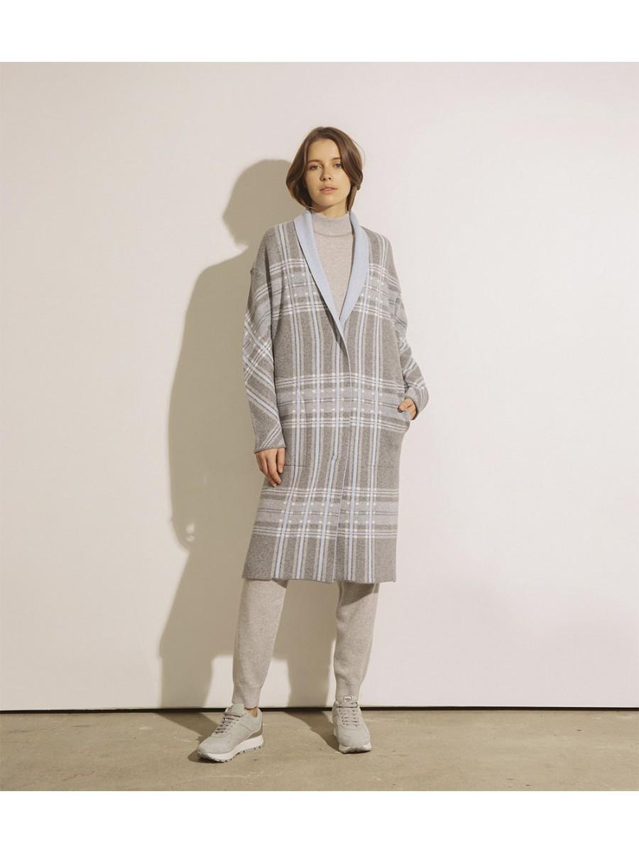 Пальто з кашеміром в клітинку; з сірим