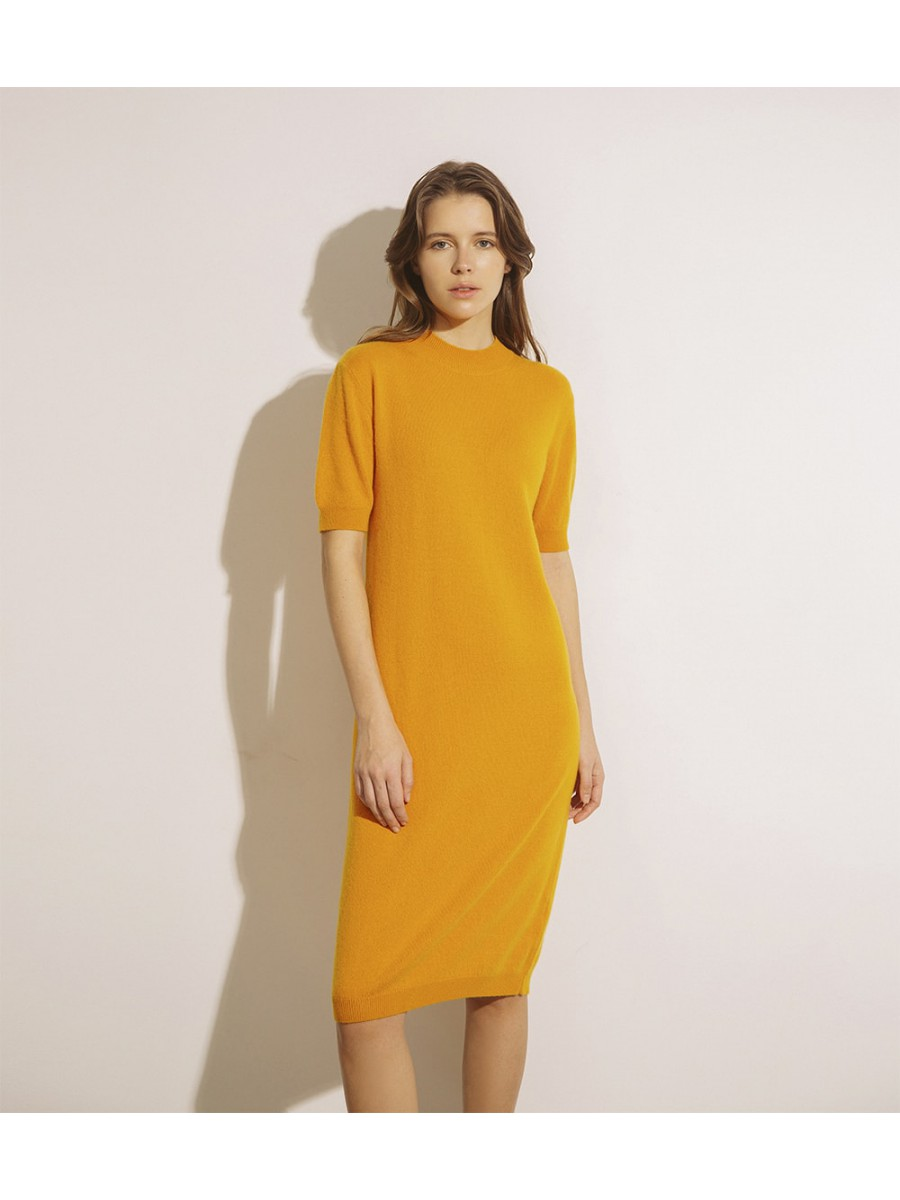 Сукня кашемірова з коротким рукавом;гірчиця