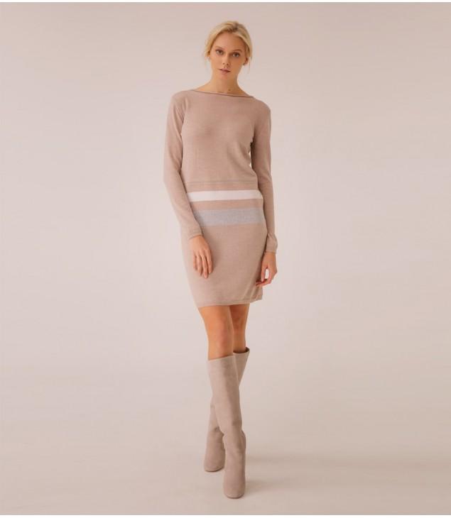 Платье Extrafine Merino Wool украшено цепочкой; тауп меланж
